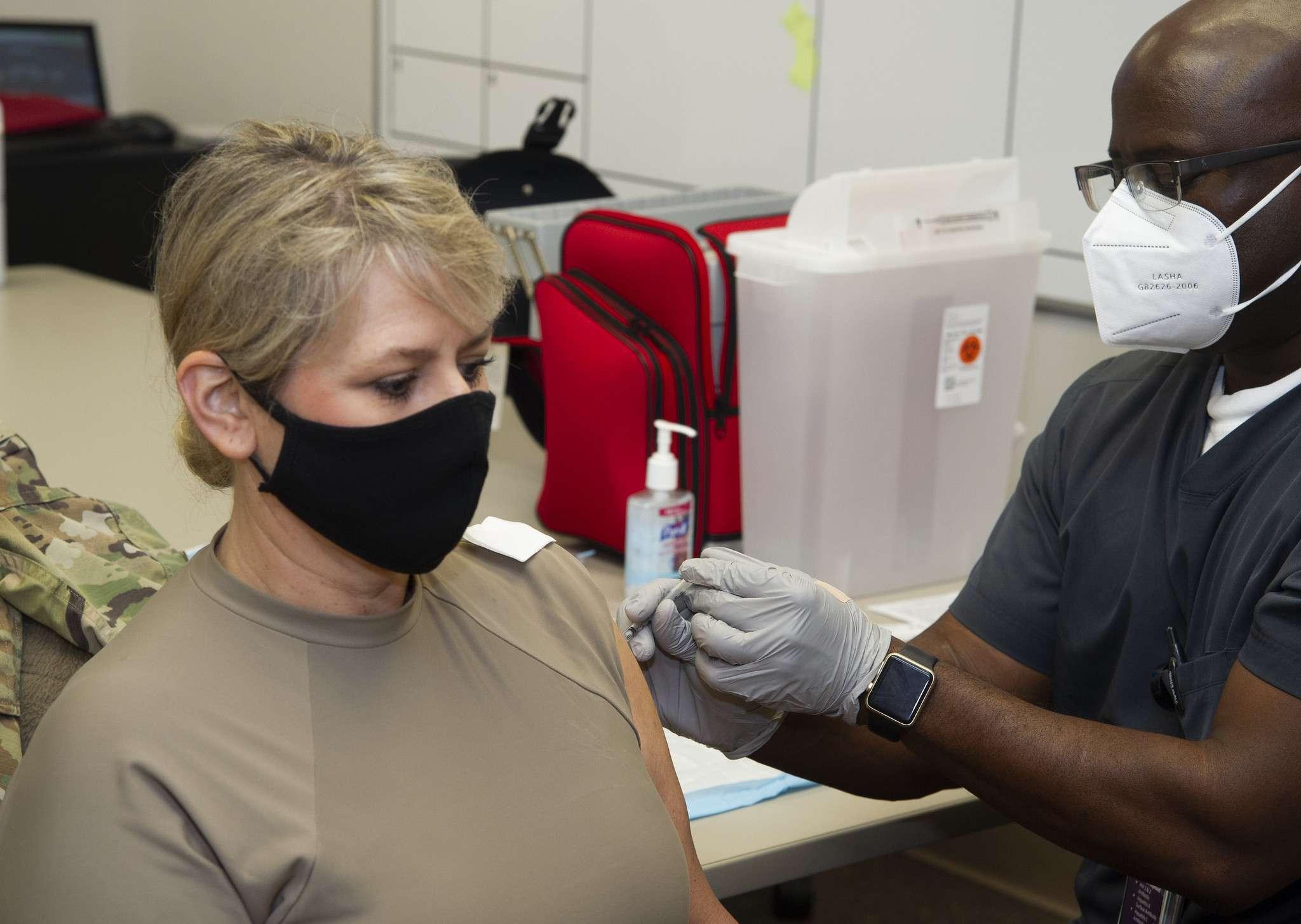 Ara Maó s'uneix a la reclamació de la liberalització de les patents de les vacunes